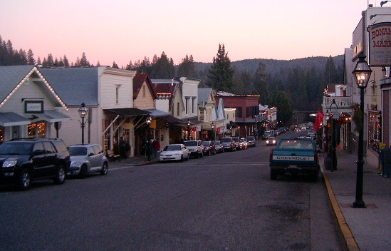Downtown-Nevada-City